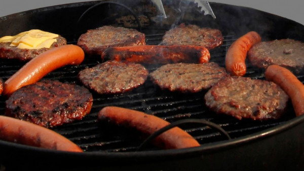 burgers-hot-dogs-grill-cookout