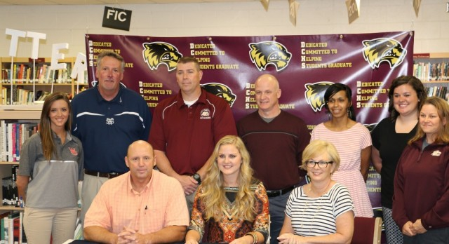 Reid Signs with Wallace State