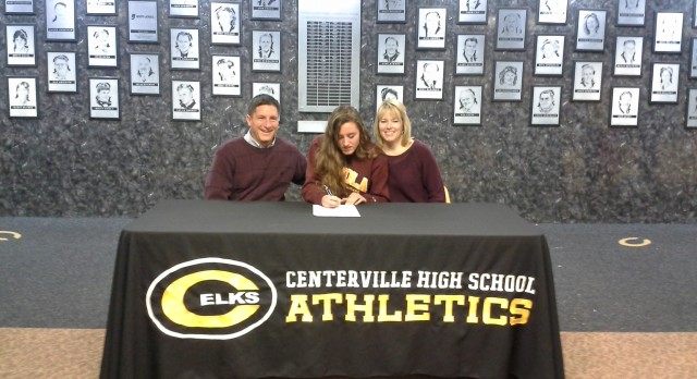 Scarpino Signs with Loyola University Chicago