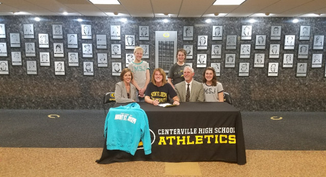 Meyer Signs With Mount St. Joseph