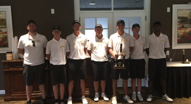 Boys Gold Golf Team Off to a Solid Start