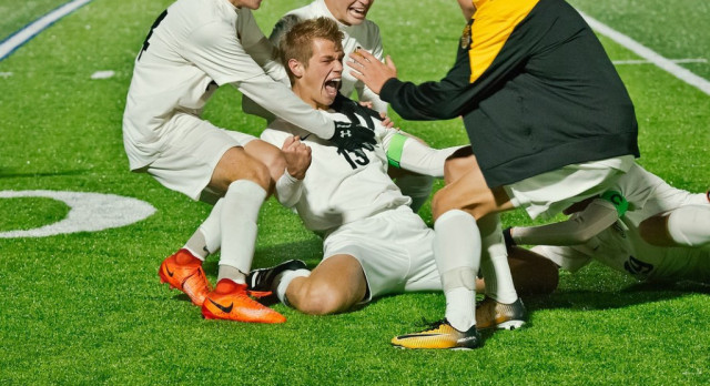 Decuir's Golden Goal Sends Boys Soccer to District Finals
