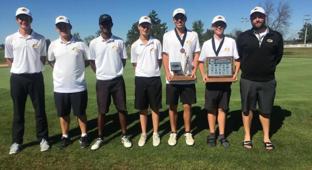 Boys Varsity Gold Golf Sweeps GWOC Titles