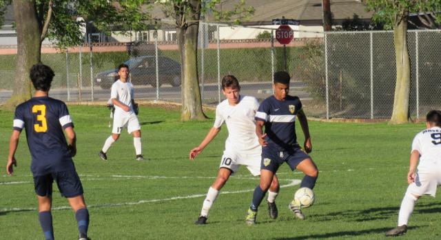 Boys soccer drops overtime heartbreaker