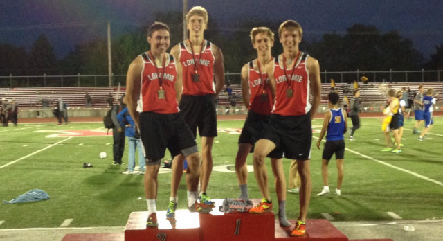 4×800 Breaks School Record