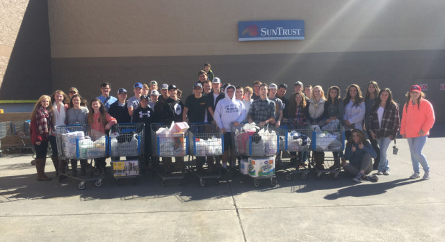 Grizzly Grapplers Give Back!