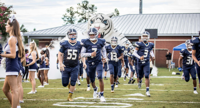 Blythewood High School Varsity Football beat Irmo High School 21-7