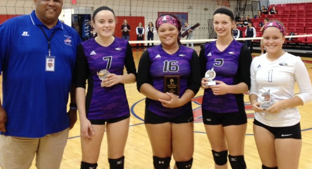 CHS volleyball players receive honors