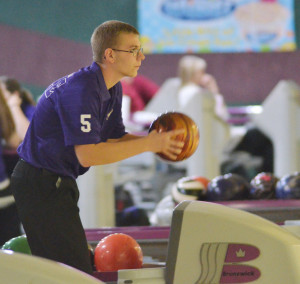 CHS Bowling 11-10 11-17 14