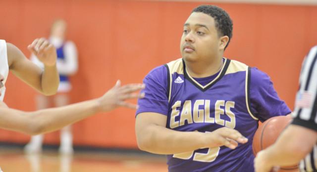 CHS boys' basketball team battles Adair County