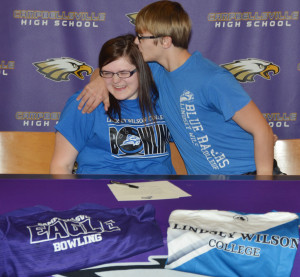CHS Vera Brown Signs LWC 10