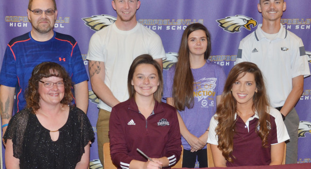 CHS tennis player signs with CU