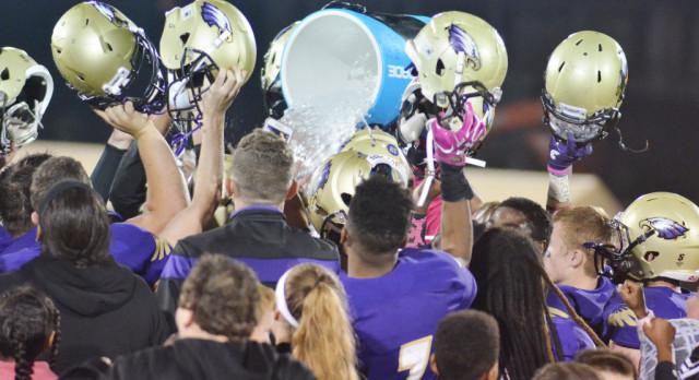 CHS football team crushes Bethlehem