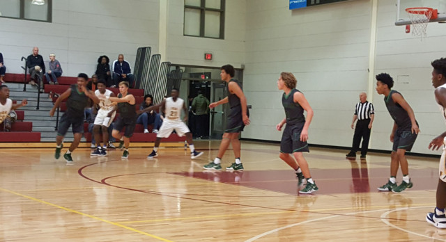 Panthers Win Game 1 of Holiday Hoopsgiving Tournament
