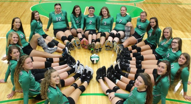 Clovers beat the Cougars in 5 sets! (Video Highlights)