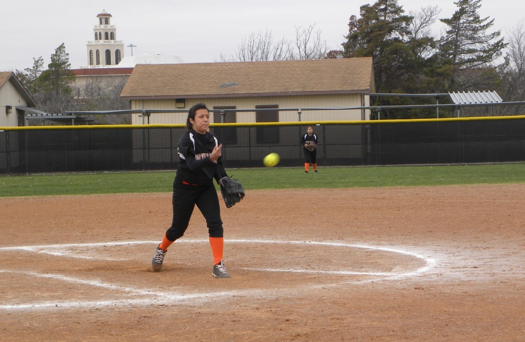 Emily Pina pitches in a recent game.
