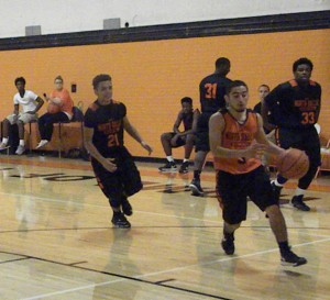 Isael Longoria drives to the basket.