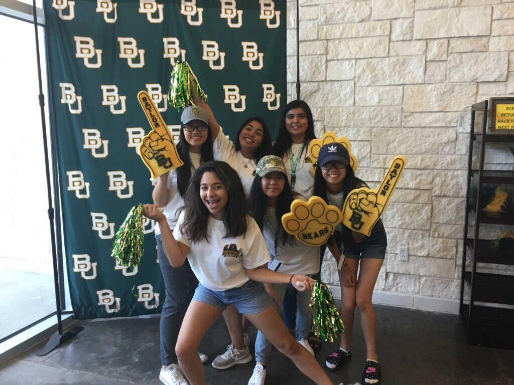 op: Kathy, Brenda, Rosa Sanchez. Bottom: Reina Garcia, Jerah, Tina Nguyen