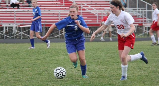 Southfield Christian High School Soccer Varsity Girls falls to Lutheran High School Northwest 0-6