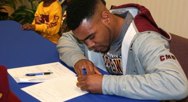 Eagle Signs to Play Football at Central Michigan