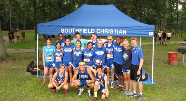 Cross Country Runs Well at End of Summer Classic