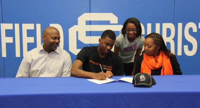 Eagle Signs to Play Football