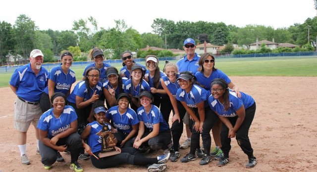 Softball Wins District Title