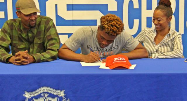 Brown Signs to Play Football at Kalamazoo College
