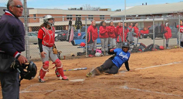 Southfield Christian High School Varsity Softball beat Clarenceville High School 14-0