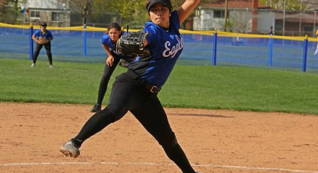 Southfield Christian High School Varsity Softball beat Marian High School 6-1