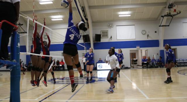 Southfield Christian High School Girls Varsity Volleyball beat Southfield High School for the Arts & Technology 3-0