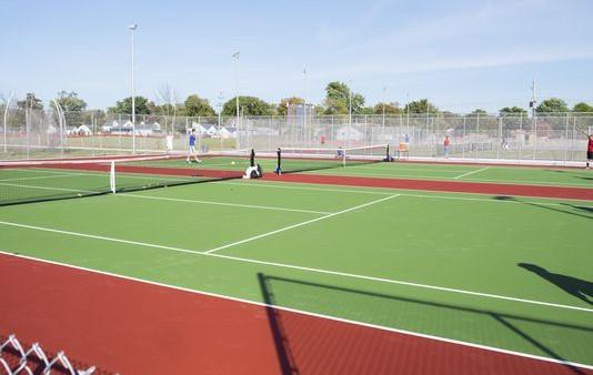636426457015725344-TennisCourts-01
