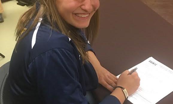 Amanda Geerlings Signs with Siena Heights University!