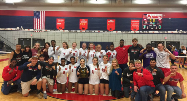 BJHS Volleyball win Area!