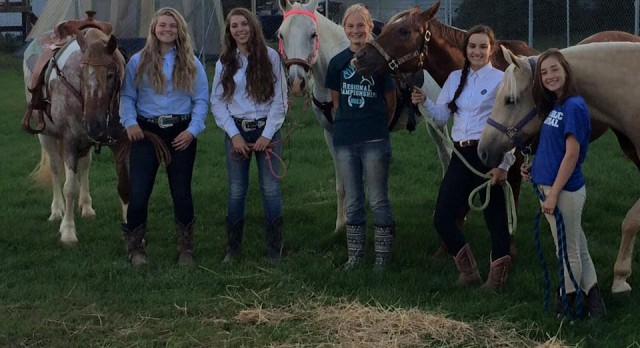 New Equestrian Team Ends the Year in 3rd place!