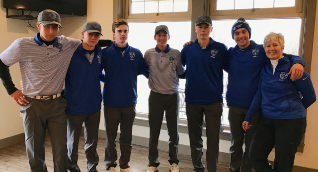 Boys Varsity Golf Team Places 2nd (4/11)