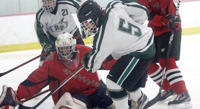 Varsity Hockey vs. Muskegon Reeths-Puffer-12/19
