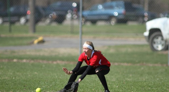 Girls Varsity Softball sweeps Greenville in Double Header