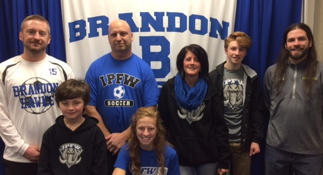 Senior Soccer Player Randi Jannette signs with IPFW!