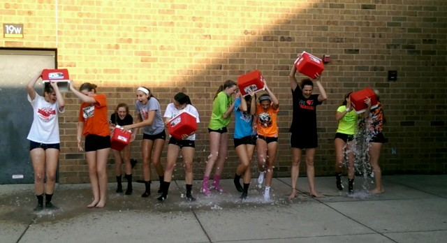 Freshman Volleyball Issues Challenge in Support of ALS