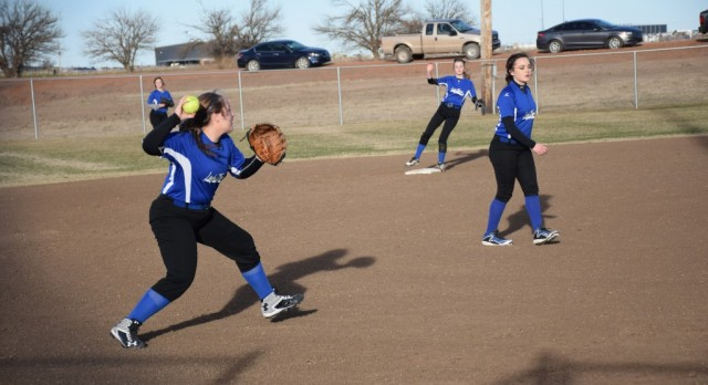 The JH Lady Tigers Start Strong