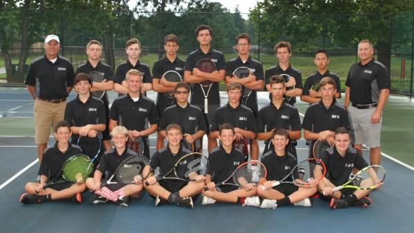 IMG_1847_R Tennis Team