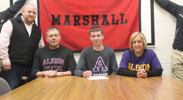 Quick signs with Albion College