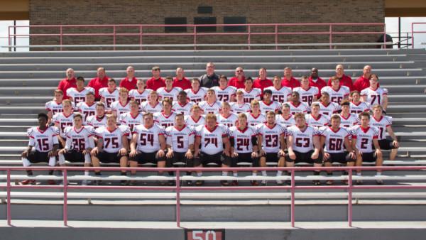 IMG_7247_R Varsity Football Team_Crop (1)