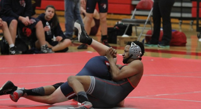 Wednesday night our wrestlers earned two decisive victories over Cascade Conference rivals.