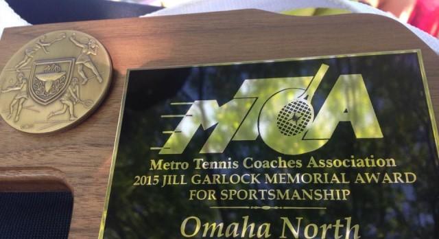 Girls Tennis Wins Award!