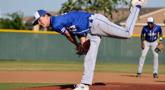 Varsity Baseball clinch  Bi-District Championship