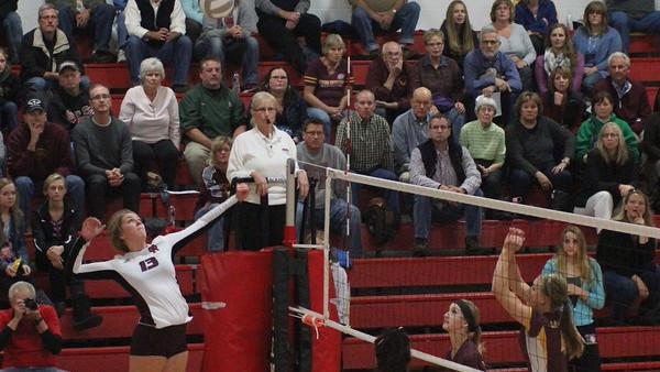 Sydney Kusiak Volleyball