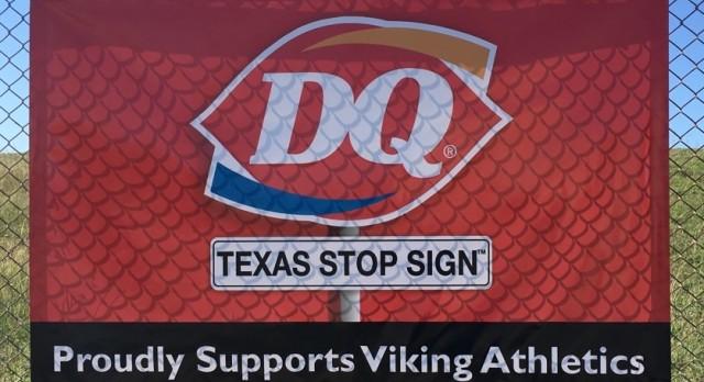 Viking Athletics Thanks Davis Dairy Queen For Their Support