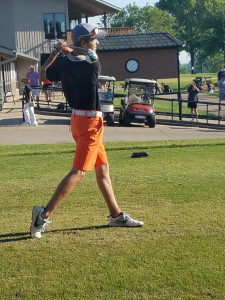 Payton Boekhout  at State golf 2017